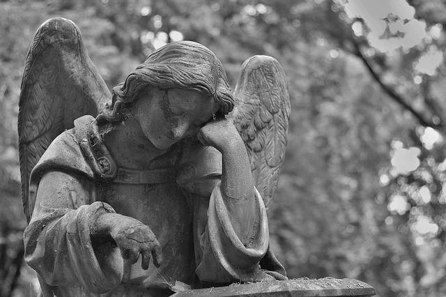 cemetery-1500942_640